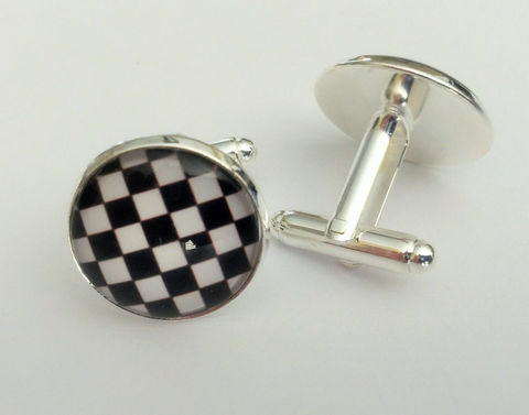 CHECKERED,FLAG,Cufflinks,/,RACING,cuff,links,gift,for,him,Groomsmen,Gift,Racing,Fan,Sports,boxed,Weddings,Jewelry,Groomsmen_Gift,Unique_Gift,personalized_gift,cuff_links,sports_fan_cufflinks,sports_fan_gift,tennis_cuff_links,checkered_flag,finish_line_flag,racing_fan_cufflinks,black_and__white,nascar_fan_gift,made_in_Canada