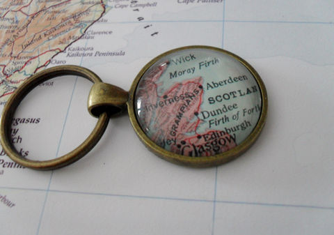 ABERDEEN,SCOTLAND,Map,KEYCHAIN,/,Aberdeen,Keychain,Travel,Souvenir,Custom,Key,Chain,jewelry,Personalized,Gift,Boxed,Accessories,Vintage_Map,Key_Chain,Scotland,Aberdeen_Scotland,Map_Keychain,Custom_Map_Keychain,Personalized_Gift,Destination_Keychain,Gift_Boxed,Aberdeen_Keychain