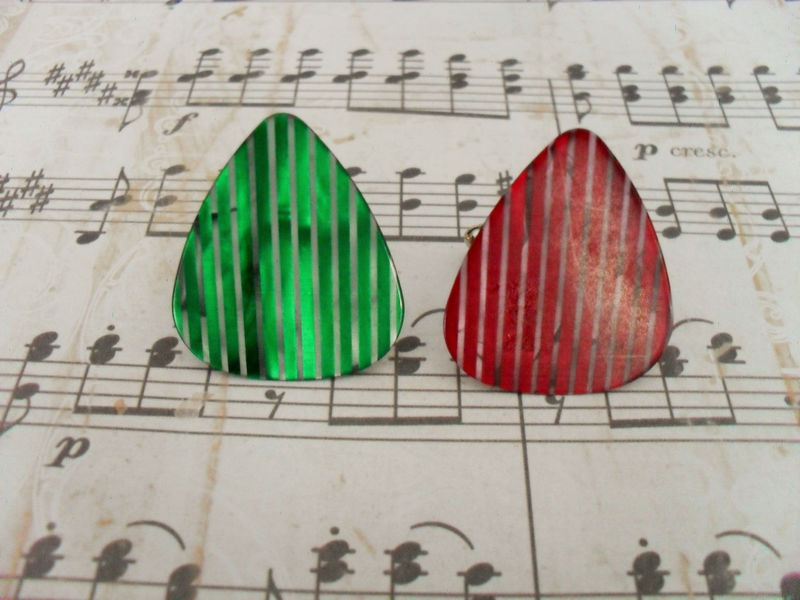 Pearlized GUITAR PICK CUFFLINKS / Red or Green  / Gift for Him / Musician Gift / Unique Gift / Upcycled / Cuff Links / Rock Star Gift / - product image