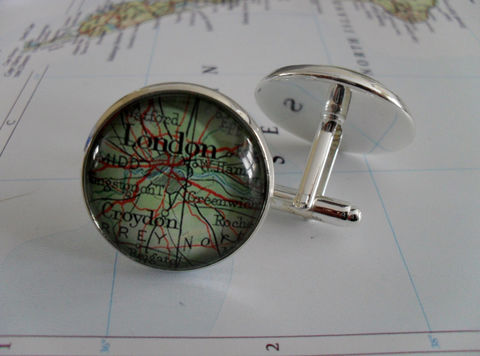 LONDON,ENGLAND,Map,Silver,CUFFLINKS,/,Father's,Day,Groomsmen,Gift,Personalized,for,Him,//,2,Sizes,Vintage,cuff,links,boxed,Weddings,Jewelry,Hand_Made,Cufflinks,Vintage_Map,Groomsmen_Gift,Glass_Domed,Gifts_For_Him,London,England,Uk,Wedding,London_Map_Cufflinks,Unique_Gift