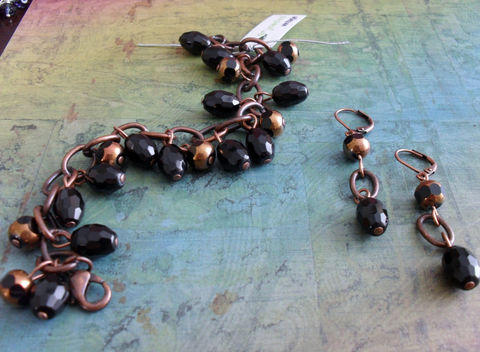 Jet,Black,and,Copper,BEADED,BRACELET,&,EARRINGS,Set,//,Unique,French,Gift,for,Her,Boxed,Jewelry,Bracelet,Earrings,Canadian,Bjeweled_Vintage,Designer,One_Of_A_Kind,Hand_Made,Cathedral_Glass,French_Jet,Unique_Gift