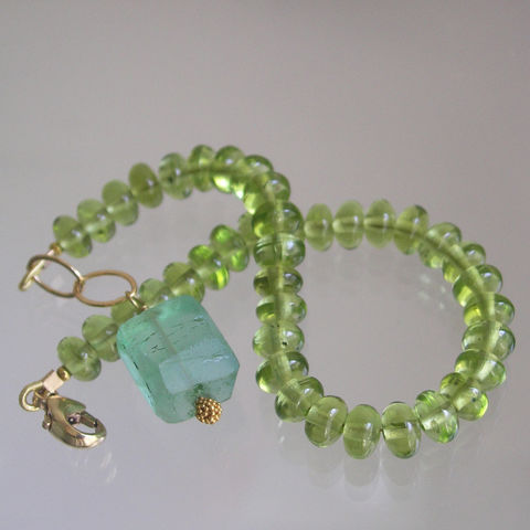 Green,Peridot,Beaded,Layering,Bracelet,with,Sea,Fluorite,,August,Birthstone,Jewelry,Glossy_Lime_Gemstone,Layering_Bracelet,Original_Design,Signature,Green_Peridot,Peridot_Bracelet,Sea_Green_Fluorite,Fluorite_Dangle,Bellajewels,Green_Bracelet,Gemstone_Bracelet,Apple_Green_Bracelet,Beaded_gem_bracelet,peridot,fluorite,bead