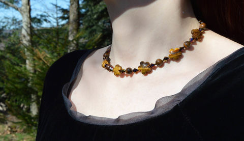 Tiger,Eye,choker,with,Swarovski,crystals,-,golden,iridescent,caramel,beaded,in,tiger-eye,(tiger's,eye),boho,crystal,Jewelry,Necklace,tiger_eye_jewelry,tiger_eye,tiger_eye_choker,tiger_eye_necklace,coffee_jewelry,brown_crystal_choker,beaded_choker,tiger's_eye_choker,tigers_eye_jewelry,tigers_eye_necklace,tigers_eye,boho_crystal_choker,caramel_jewelry