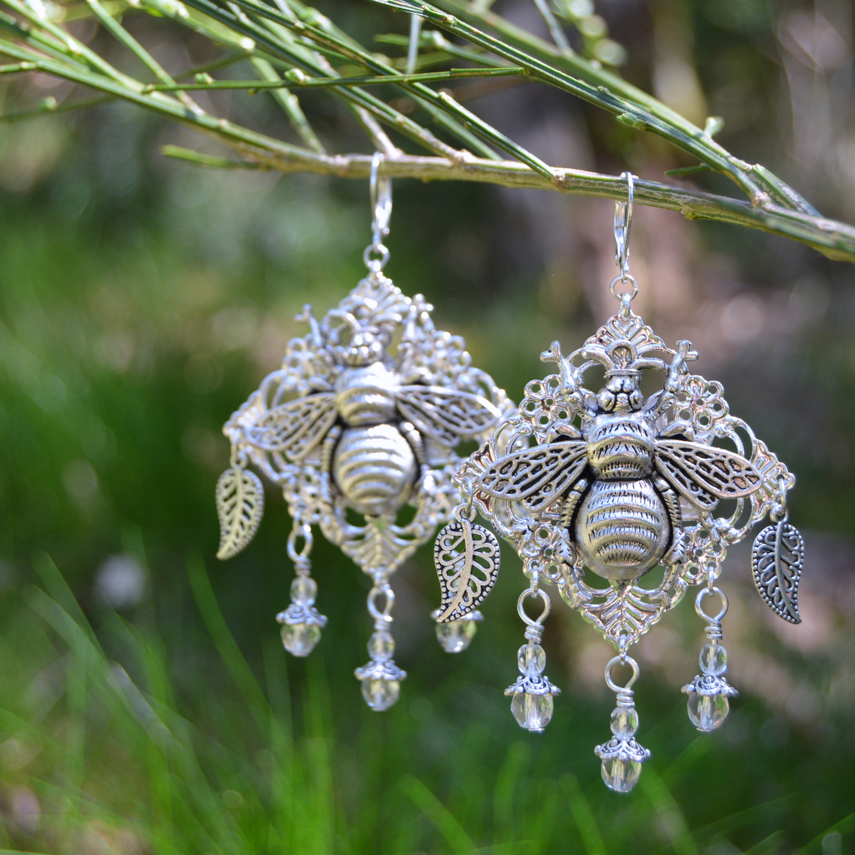 Bohemian bee earrings in silver filigree - large witchy forest earrings by herisson rose jewelry