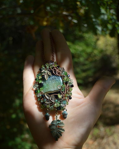 Oak,Leaf,Necklace,Wire,Wrapped,with,Peridot,and,Swarovski,Crystals,-,forest,elf,wicca,druid,jewelry,oak_leaf_necklace,wirewrapped_necklace,green_leaf_necklace,acorn_necklace,black_and_green_crystal_necklace,wire_wrap_pendant,elven_jewelry,green_witch_necklace,druid_jewelry,oak_amulet,green_elf_pendant,acorn_pendant,mori_girl_jewelry