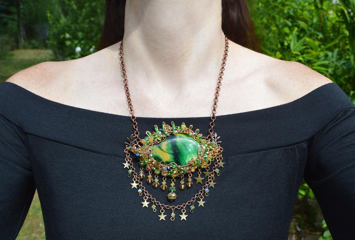 Dragon/'s Eye Necklace