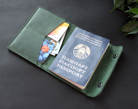 Leather,passport,wallet,holder,green,green leather passport holder,  leather passport holder, passport holder, leather passport wallet holder, Free personalization, personalized gift