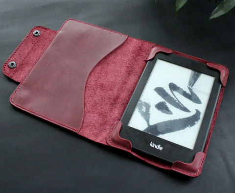 Kindle,Paperwhite,leather,case,purple,Kindle cover, ebook cover, kindle leather case, kindle leather cover, kindle paperwhite, Smart Kindle case, magnet cover, paperwhite cover, leather cover, ereader case, paperwhite leather, paperwhite case, book cover, Free personalization, personalized gi