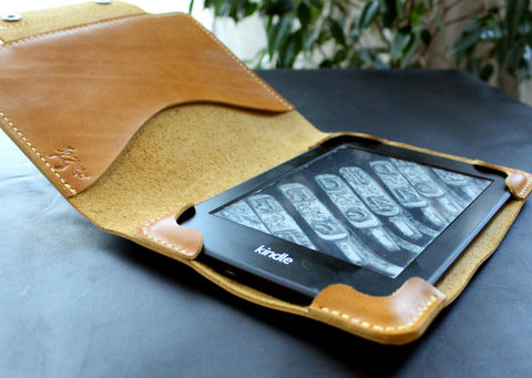 Kindle,Paperwhite,leather,case,Honey,Yellow,Kindle cover, ebook cover, kindle leather case, kindle leather cover, kindle paperwhite, Smart Kindle case, magnet cover, paperwhite cover, leather cover, ereader case, paperwhite leather, paperwhite case, book cover, Free personalization, personalized gi