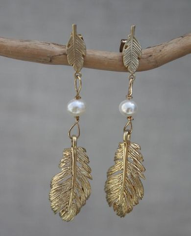 orecchini,Piume,con,perle,orecchini piuma, feathers earrings, feathers, orecchini perle, pearls earrings