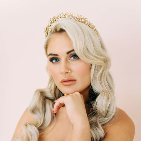 Delphine,Crown,bridal headdress, crystal headdress, bridal crown, halo-style headdress, donnacrainsurrey, Surrey bridal, Donna Crain Surrey, wedding bridal accessories, Surrey bridal shop, bridal accessories in Surrey, halo tiara headdress, gold leaf crown, gold tiara h