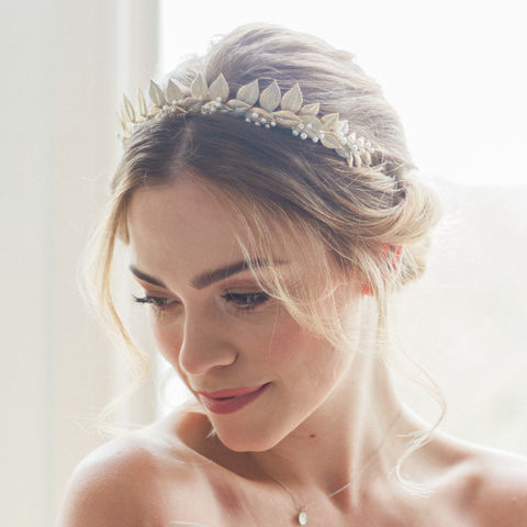 Erica,Crown,Erica bridal crown, crystal headdress, bridal crown, halo-style headdress, donnacrainsurrey, Surrey bridal, Swarovski pearls and crystals headdress,  bridal headdress, bridal halo, wedding accessories, flora halo crown, pearl crown