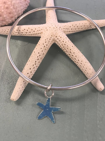 Starfish,-,Bangle,Sterling,Silver,Enamelled,Charm,Jewelry,Bracelet,beach,bracelet,Sterling_silver,charm,gift,jewellery,starfish,enamelled,blue_enamel,charm_bangle,Silver_bangle,bridesmaid,Glass