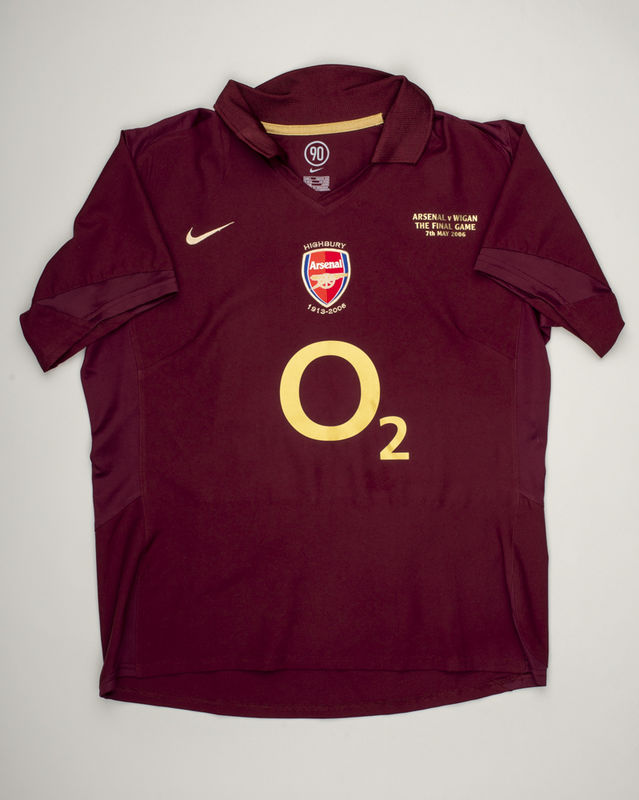 2005/2006 Home Kids (L/ Bergkamp) - product images  of