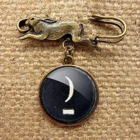 Crescent,Moon,Typewriter,Key,Hare,Pin,Brooch,(DJ10),jewellery, jewelry, handmade, brass, brooch, pin, rabbit, hare, vintage, glass, cabochon, steampunk, victorian, typewriter, moon