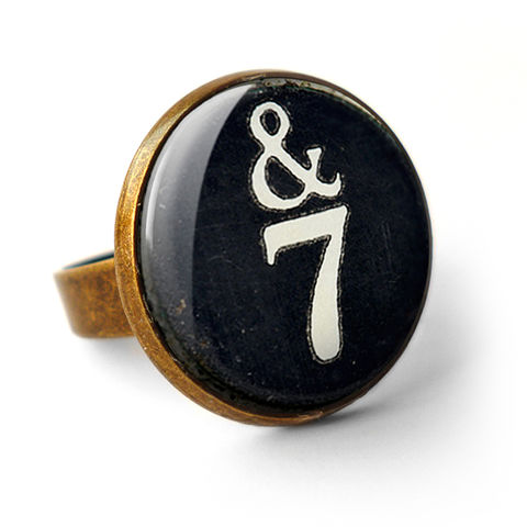 &7,Typewriter,Key,Ring,(DJ01),jewellery, jewelry, handmade, brass, ring, vintage, glass, cabochon, steampunk, victorian, typewriter, key, black