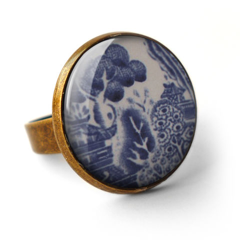 Willow,No.3,Ring,(BP08),jewellery, jewelry, handmade, brass, ring, vintage, glass, cabochon, broken pottery, willow, pattern