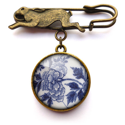 Peony,Hare,Pin,Brooch,(BP02),jewellery, jewelry, handmade, brass, brooch, pin, rabbit, hare, vintage, glass, cabochon, broken pottery, peony, flower, floral