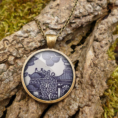 Willow,No.1,Large,Necklace,(BP01),jewellery, jewelry, handmade, brass, necklace, vintage, glass, cabochon, broken pottery, willow, pattern