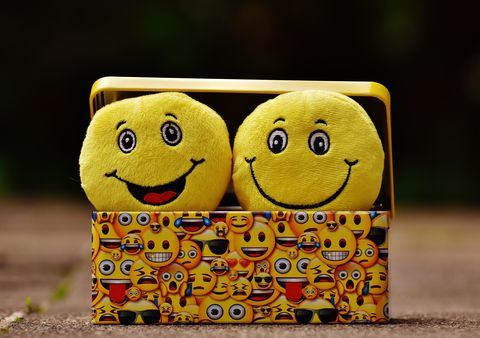 Two,Smiley,Faces,in,a,box(CARA3),I LOVE YOU THIS MUCH