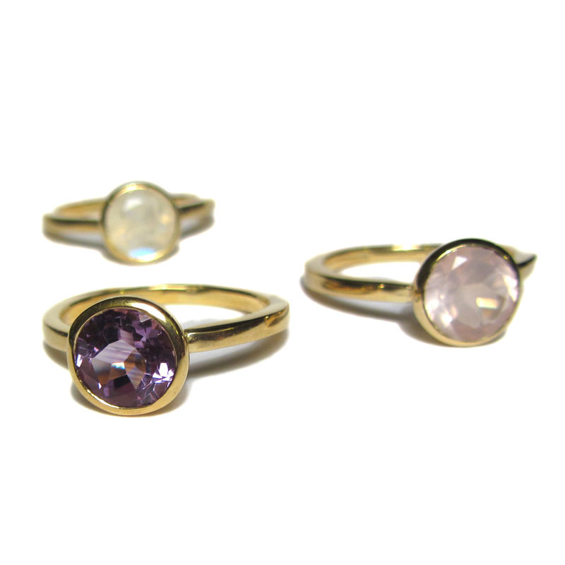 Bling Moonstone Engagement Ring in 18ct solid yellow Gold - product images  of