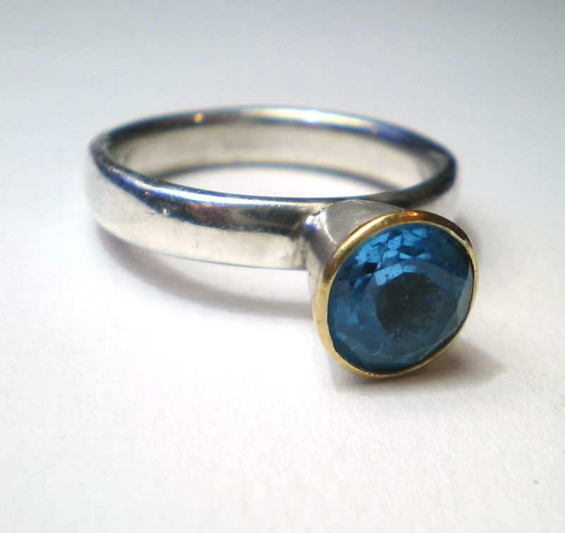 By the Pond - London Blue Topaz set in 18K gold - product images  of