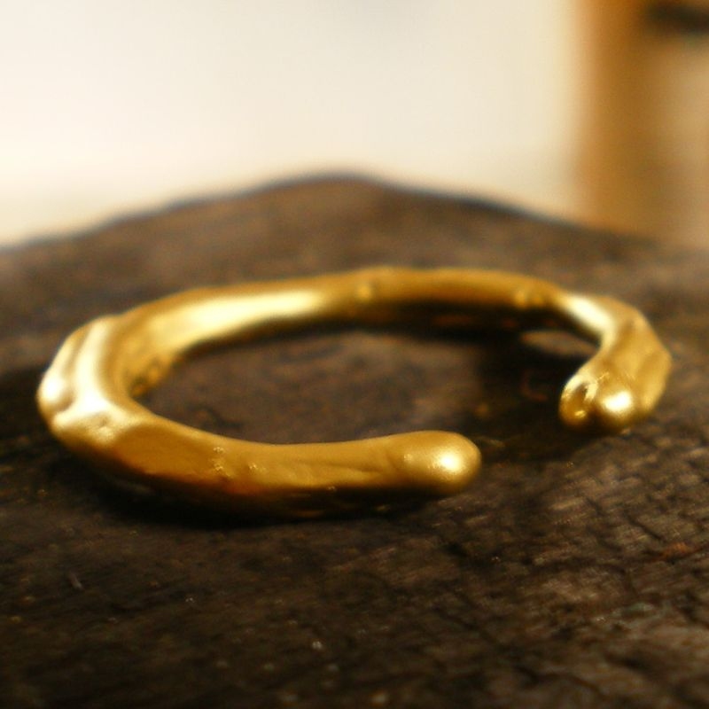 ETNA - 18 Karat yellow gold organic ring - product images  of
