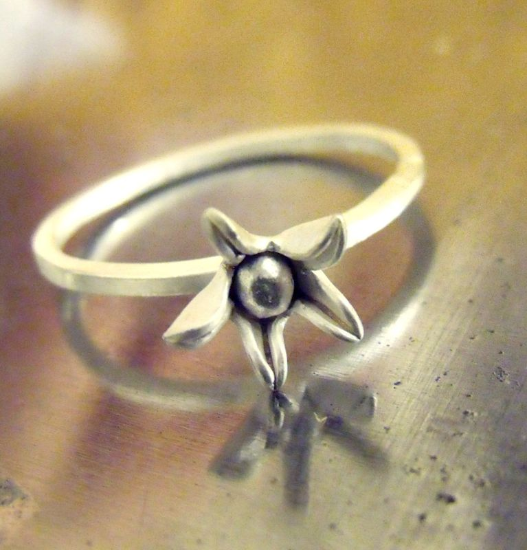 Star Blum sterling silver flower stacking Ring - product images  of