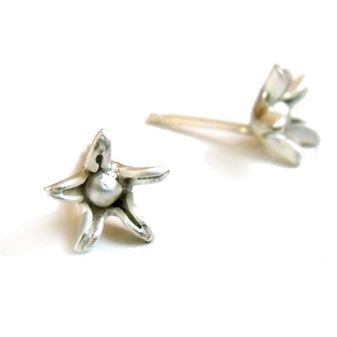 Sterling,Silver,flower,Ear,Studs,-,Star,Blum,handmade Jewelry, silver Earrings,recycled silver,flower jewellery,floral,uk,jewellery,small flower studs,blossoms,ear studs,black,romantic,gifts for girls