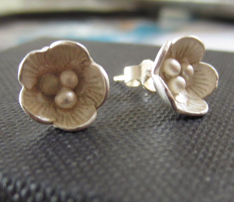Sterling Silver flower Ear Studs - Big Blum - product images  of