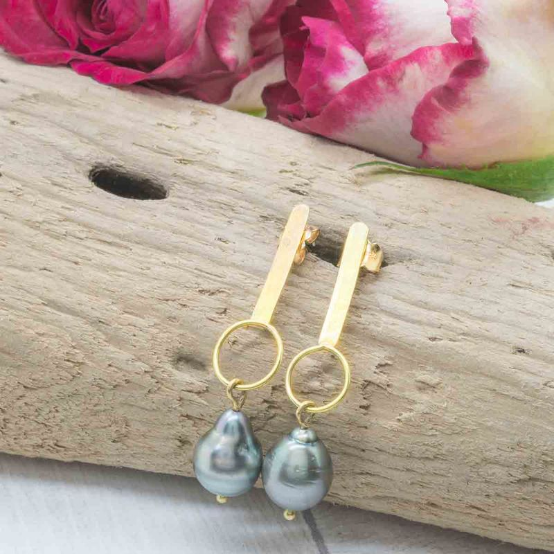 Tahitian pearls earrings in 18k 18ct yellow gold - product images  of