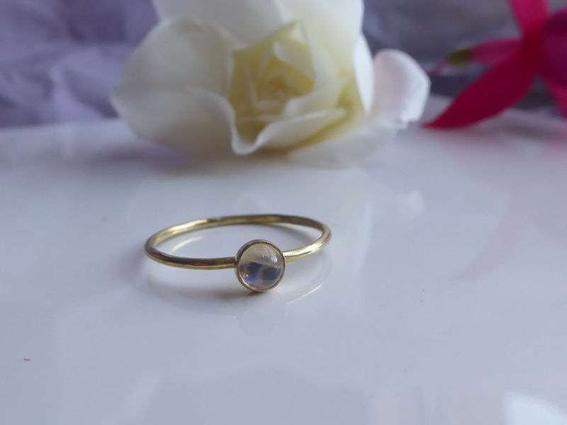 Blue Moonstone Cabochon Mini Ring in 18K gold - product images  of