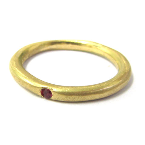 Unisex,Ruby,18K,Gold,Ring,Ruby solitaire, gold and ruby, 18K solid yellow gold jewelry, 18ct gold ring with ruby, catherine marche
