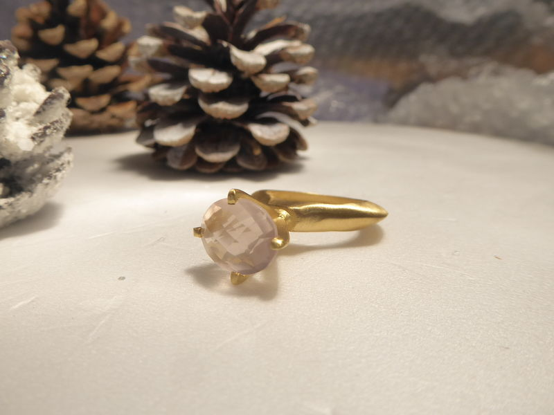 Passionata Softie Sculptural sterling silver Ring with Rose Quartz - product images  of
