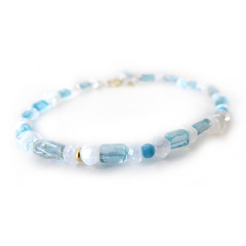 Aquamarine, Moonstone, Apatite, Turquoise 18ct yellow gold Bracelet - product images  of