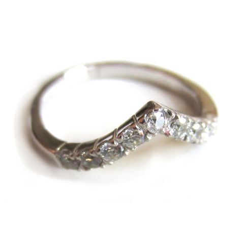 18ct,white,gold,and,diamonds,accent,ring,handmade Jewelry,white gold Ring,accent ring, bespoke weddings,diamonds ring,bridal jewellery,wishbone ring, jacket ring,half eternity ring, white diamonds GVS1