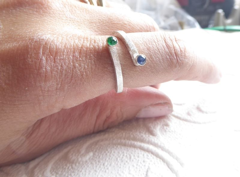 Sapphire and Emerald adjustable sterling Silver ring - product images  of