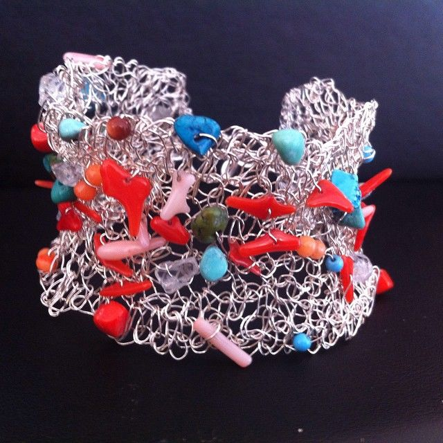 La petite Sirene Mermaid Bracelet with red Coral and Turquoise - product images  of