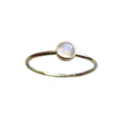 Blue,Moonstone,Cabochon,Mini,Ring,in,18K,gold,Minimalist yellow gold ring with moonstone, alternative engagement ring, bespoke gold rings, blue moonstone solid gold ring, catherine marche fine jewellery,moonstibe stacking ring, dainty gold ring, moonstone solitaire ring