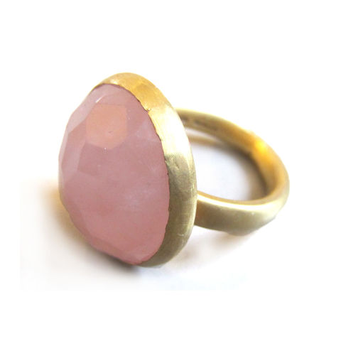 Diva,Ring,-,large,rose,quartz,set,in,Vermeil,Gold,designer jewelry,big ring,metalwork,sterling silver,rose quartz,pink gemstone,jewellery,silversmith,cocktail,statement jewellery,gemstones,925,catherine marche,January bithstone
