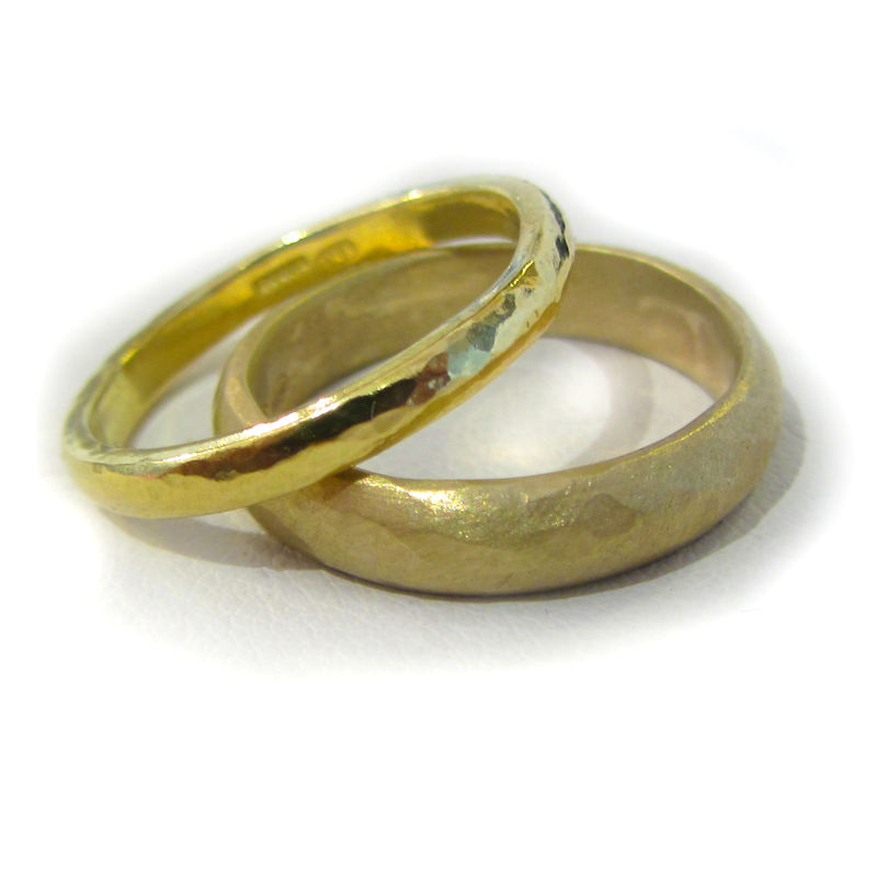 18 Karat yellow Gold Band, textured sandy finish - product images  of