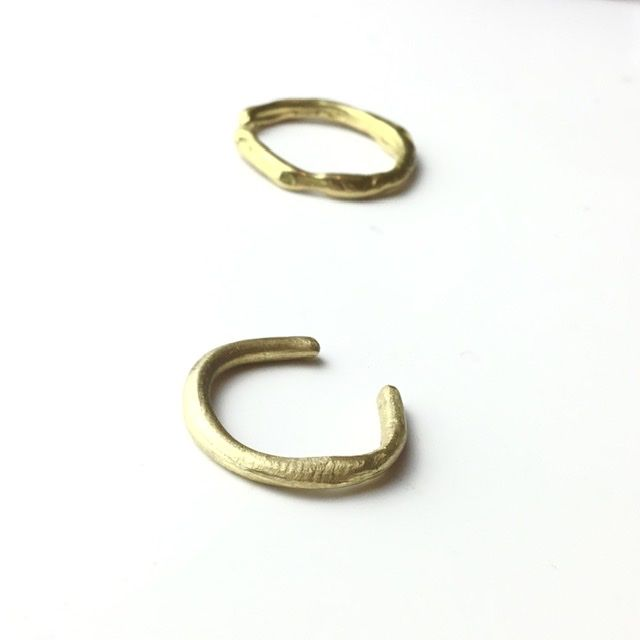 ETNA 18 Karat yellow gold organic open ring - product images  of