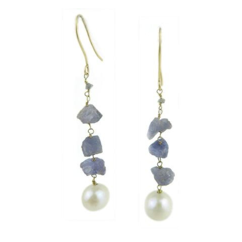 Rough,Tanzanite,and,Pearls,18K,gold,Earrings,rough gemstones earrings, rough diamonds earrings, tanzanite earrings, navy blue gemstones, understated luxury, catherine marche, french chic jewelry