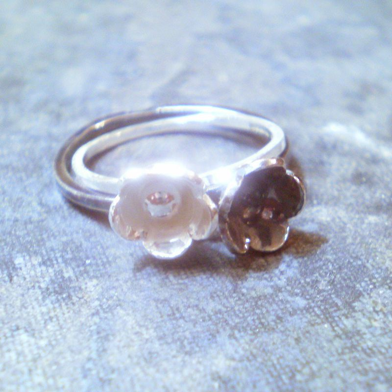 Flower stacking rings Blum - product images  of