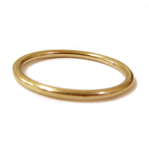 Thin,18K,yellow,gold,stacking,ring,bespole Jewelry,gold stacking Rings,minimalist gold rings,18K yellow Gold,jewellery,stackable,weddings,engagement,promise,metalwork,thin rings,delicate rings,dainty jewellery,skinny,uk,18k,18ct,karat,carat,yellow  gold, catherine marche,jeweller