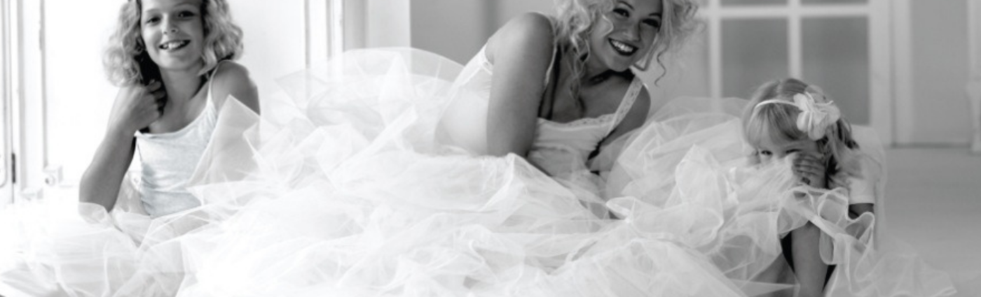 Wedding dress petticoats by Jupon