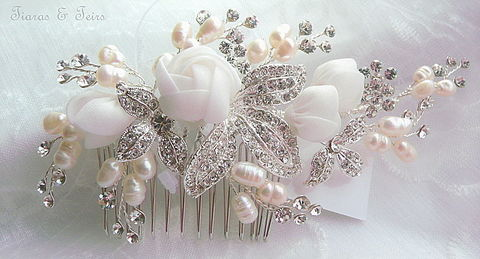 Flower,and,crystal,wedding,hair,comb,Floral wedding hair comb, bridal hair comb, wedding hair comb, silver hair accessories for brides,  floral hair accessory for brides, wedding hair combs, glamourous hair combs, hair comb for brides, uk wedding hair comb, accessories for weddings, pearl an
