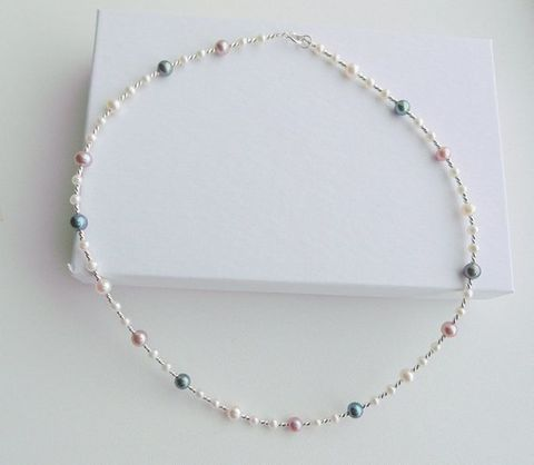 Freshwater,multi,coloured,pearl,wedding,necklace,Freshwater multi coloured pearl wedding necklace, pearl wedding jewellery uk, jewellery for brides, pearl accessories for brides, accessoriess for weddings, wedding gifts for brides, pearl jewellery uk, jewellery in freshwater pearls, ladies pearl jewelle