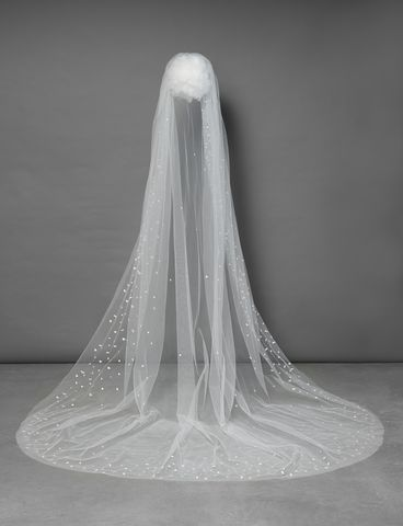 Single,layered,falling,star,effect,sequin,edge,cathedral,length,veil,single layered falling star effect sequin edge cathedral length veil, wedding veil by Poirier, one tier cathedral wedding veil, bridal veil with sequins, long wedding veil, wedding veils for brides, Veils uk, cathedral veil in ivory, cathedral wedding vei