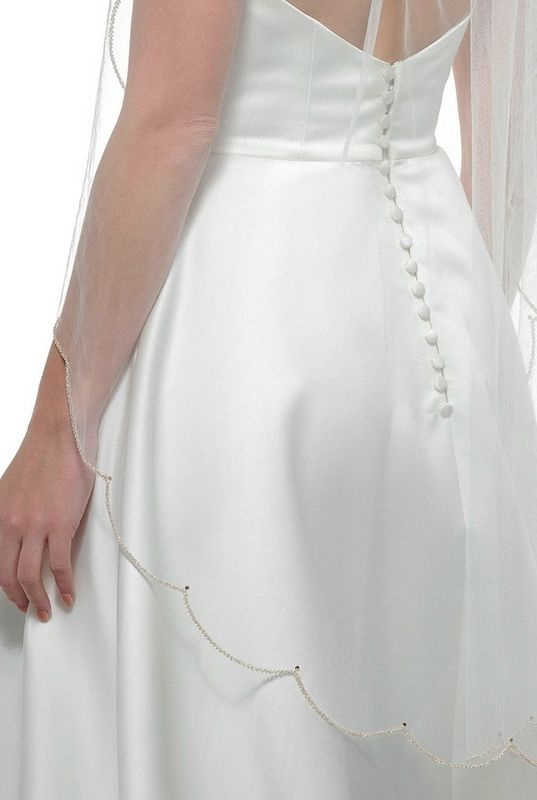 Scalloped edge single/doubled layered ivory wedding veil - product images  of